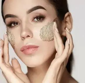Пилинги: основные виды, преимущества, недостатки и влияние на кожу